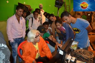 On The Sets Team Mangal Ho with Chakraborty Pritish Annu Kapoor